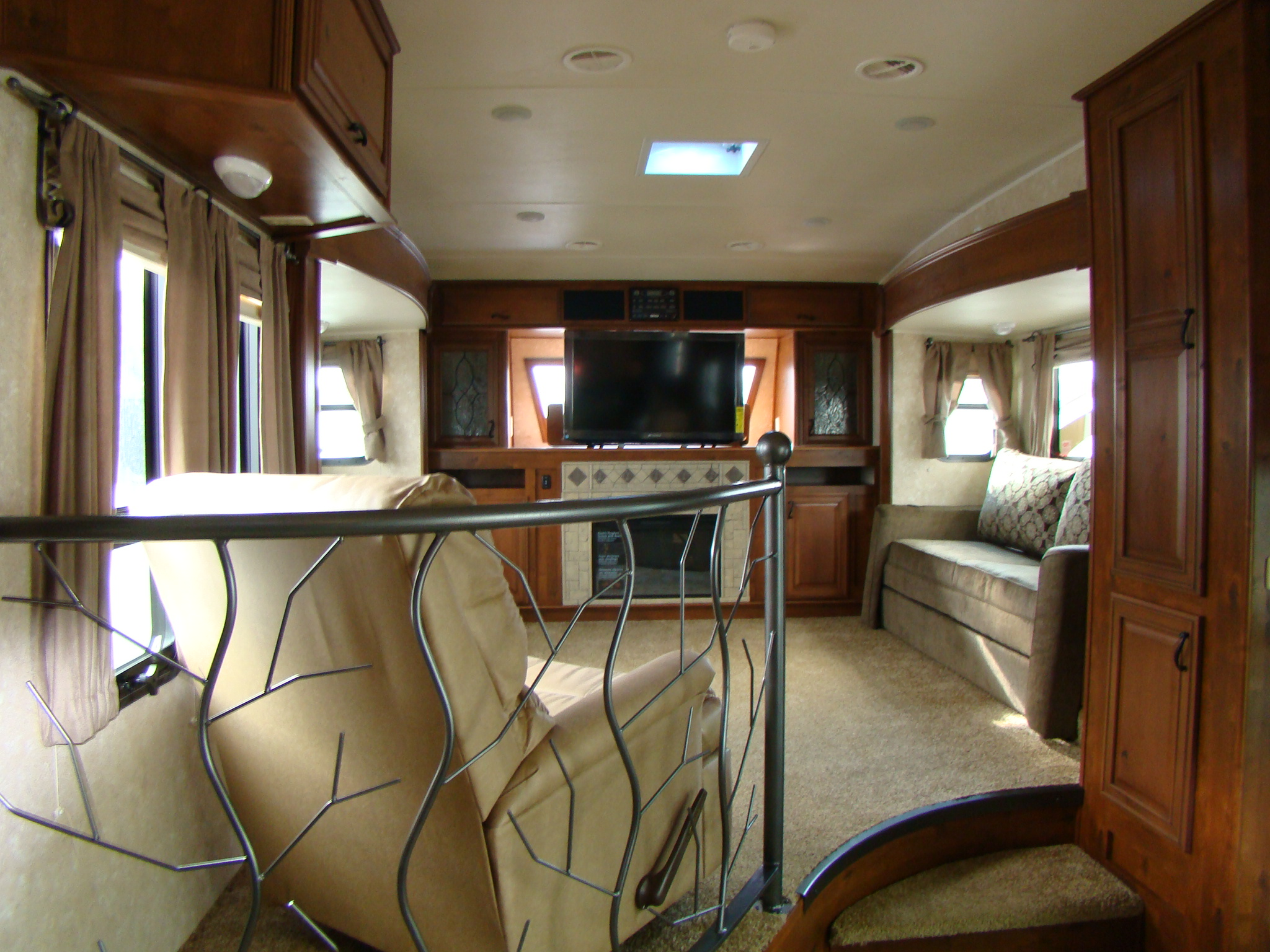 5th wheel camper rving is easy at lerch rv - Front living room fifth wheel used ...