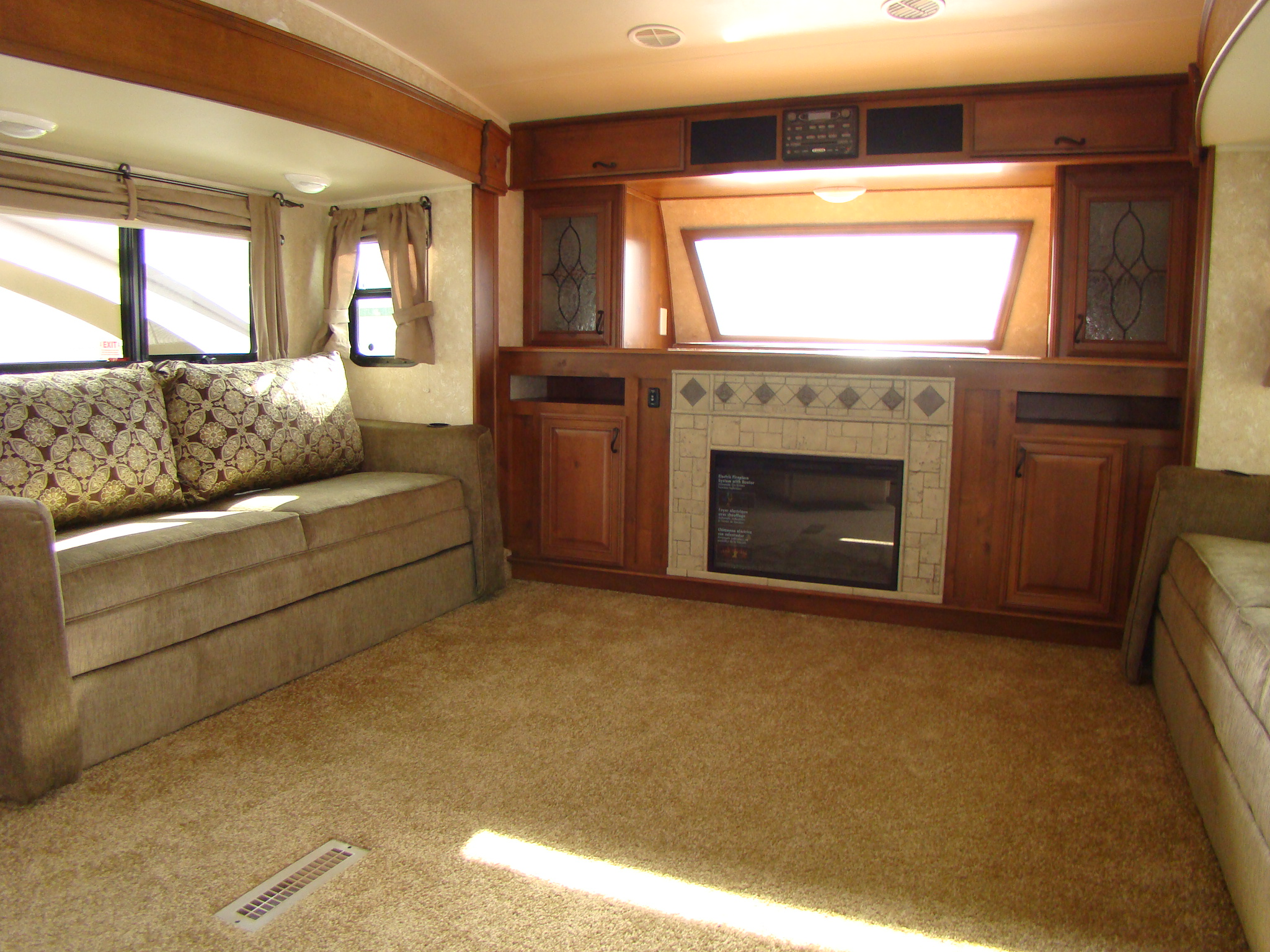 Open Range 386 FLR, a new breed of front living room | RVing is Easy ...