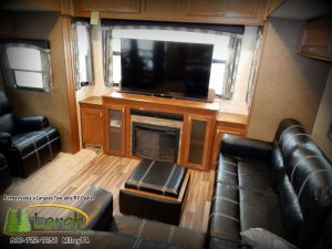 2016 Roamer RF347RES rear living room.