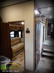 Sprinter 347FWLFT bunk room and loft